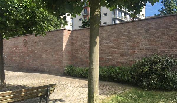Sandstrahlen Mauer