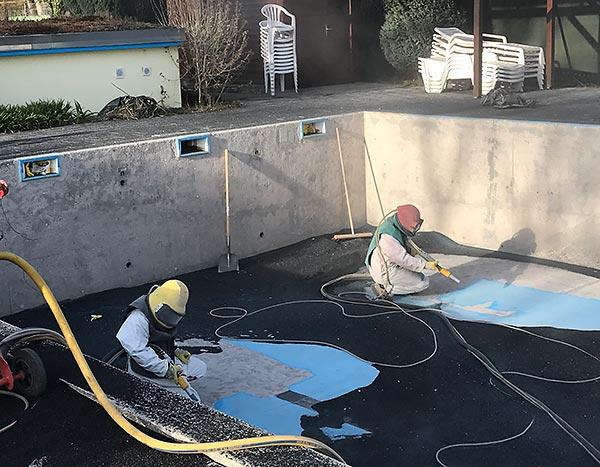 Sandstrahlen Schwimmbad